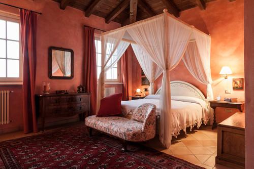 Romantik Yatak Odası Fikirleri ve Süslemeleri